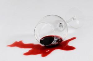 Comment nettoyer ou faire partir une tâche de vin?